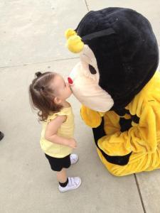 cbi bee kiss